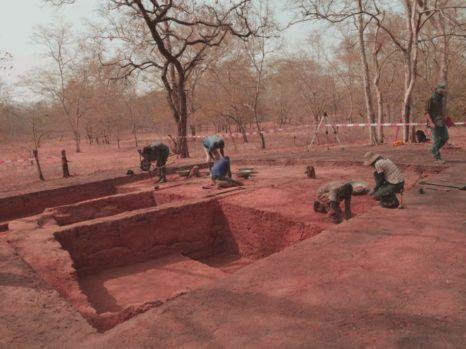 Lugares de conferencias inusuales - antropologia-arqueologica - antropologia medieval san agustin 466x349