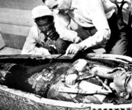 Howard Carter: ¿Arqueólogo o Ladrón de Tumbas? - antropologia-arqueologica - howard carter arqueologo britanico 270x225